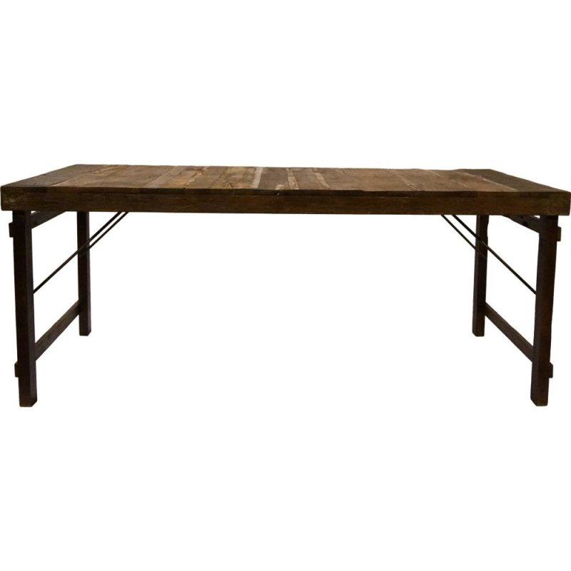 Kopie von Tisch mit Holzplatte und Lackspuren