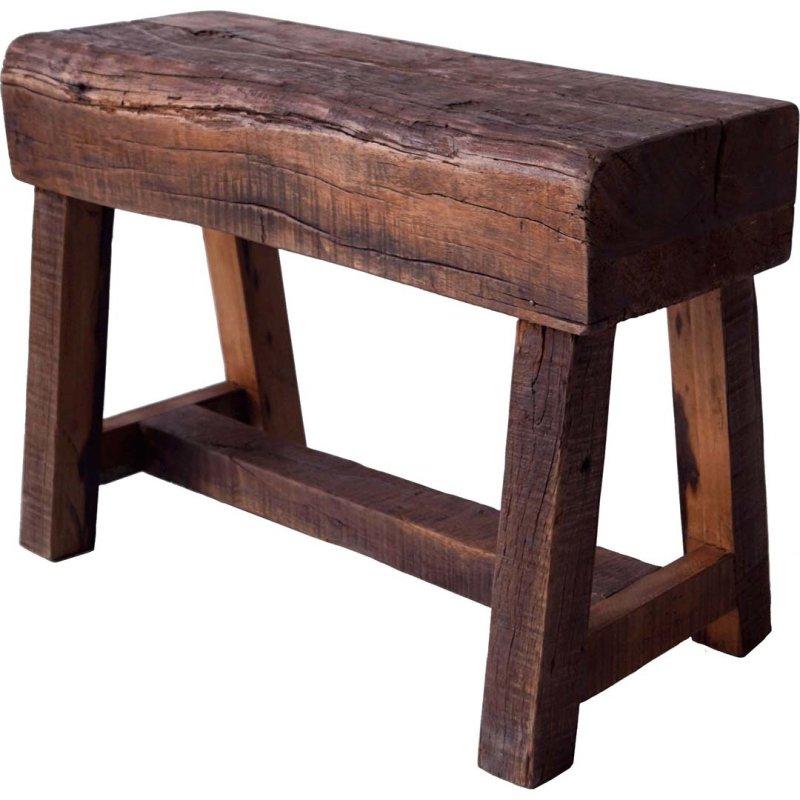 Holzhocker mit rustikalem Look Recyclingholzsitz