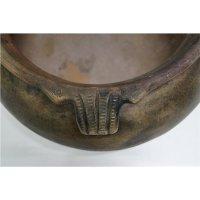Antiker Tontopf mit Henkeln